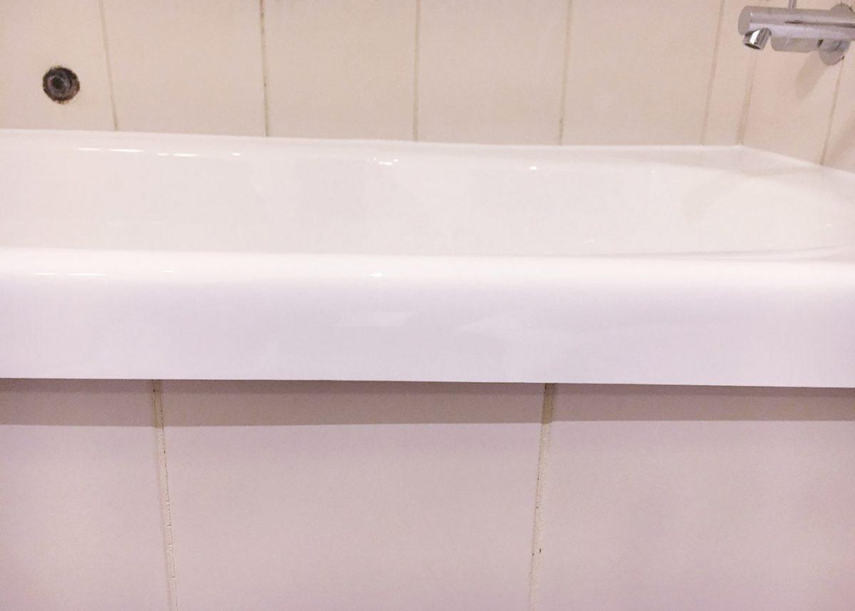 Bath Reline at Crowne Plaza