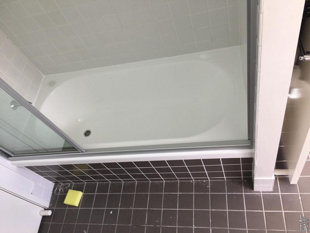 Cracked Bathtub Repair