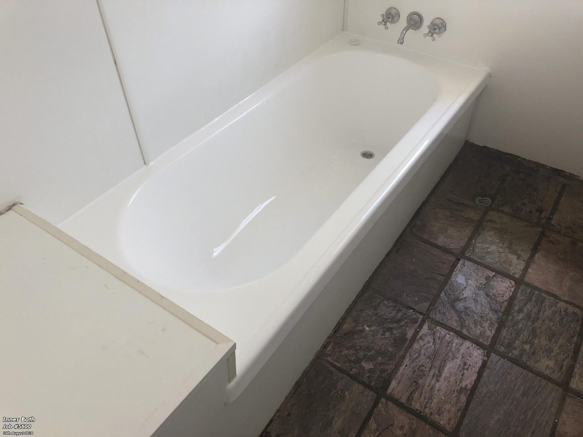Mareeba, Queensland, New Bath Relining
