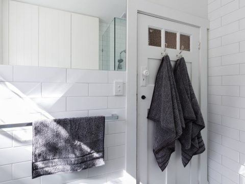 Get rid of that permanently smelly towel with these easy clean towel steps